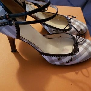 Burberry Shoes - Burberry double strap heel with leather bow.